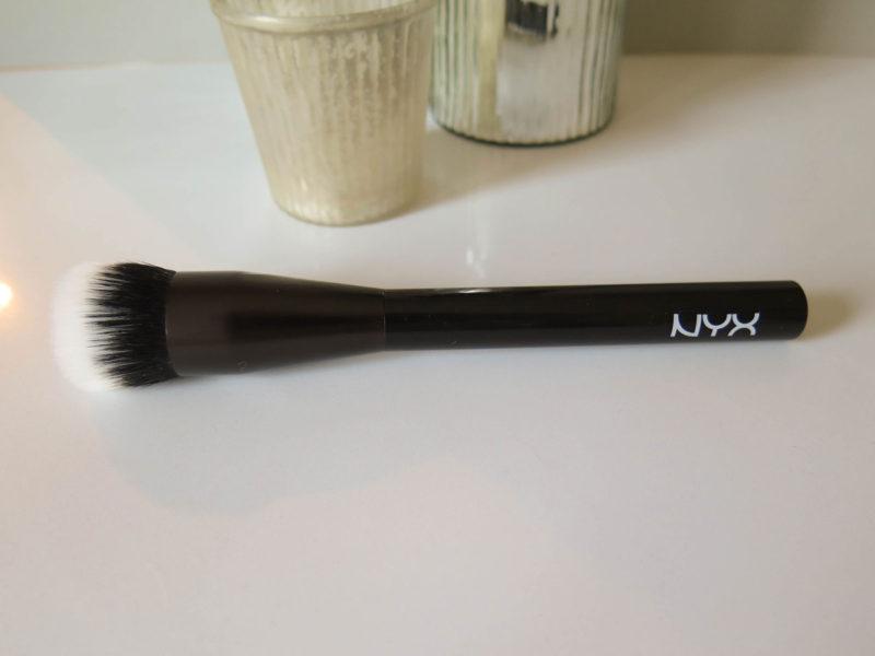 nyx-pro-duo-fibre-foundation-wide