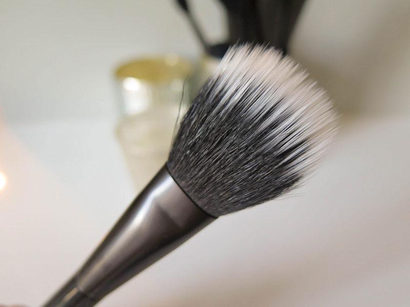 nyx-pro-duo-fibre-powder-closeup